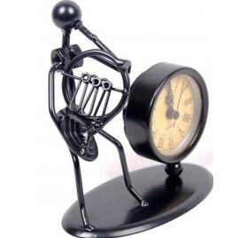 Gewa szobor órával - vadászkürt