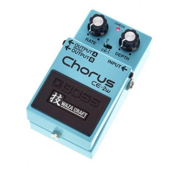 Boss CE-2W Chorus gitár effekt